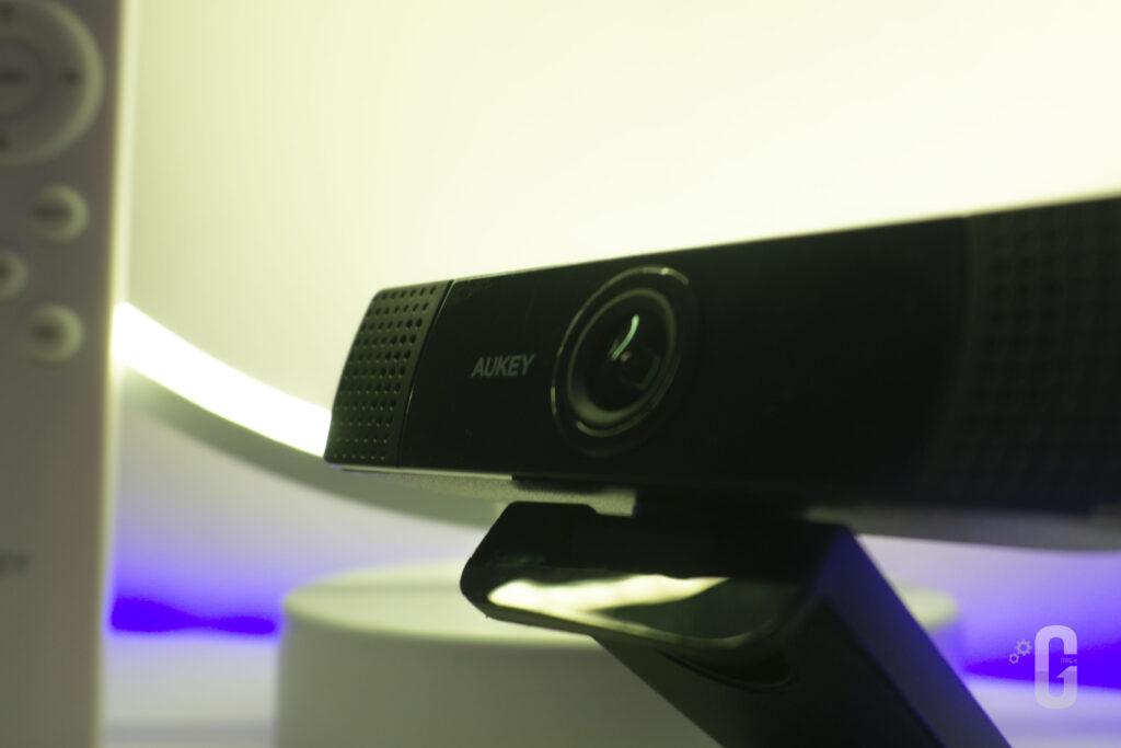 AUKEY Webcam Full HD 1080p  PC-LM1E Dettaglio Microfono