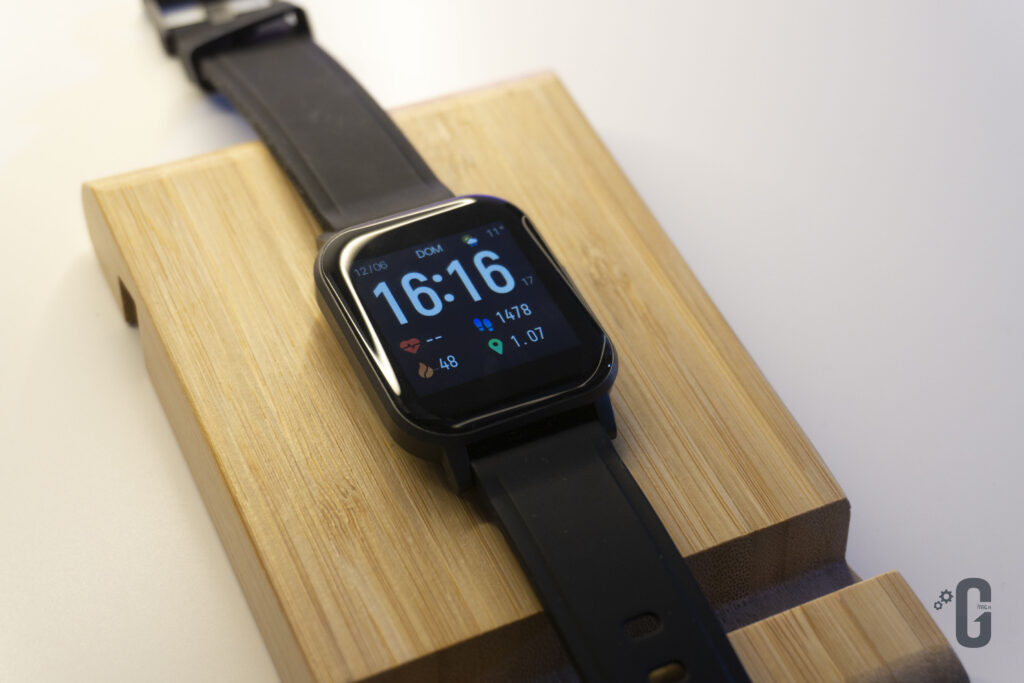 Smartwatch AUKEY LS02 Watch Faces a Display
