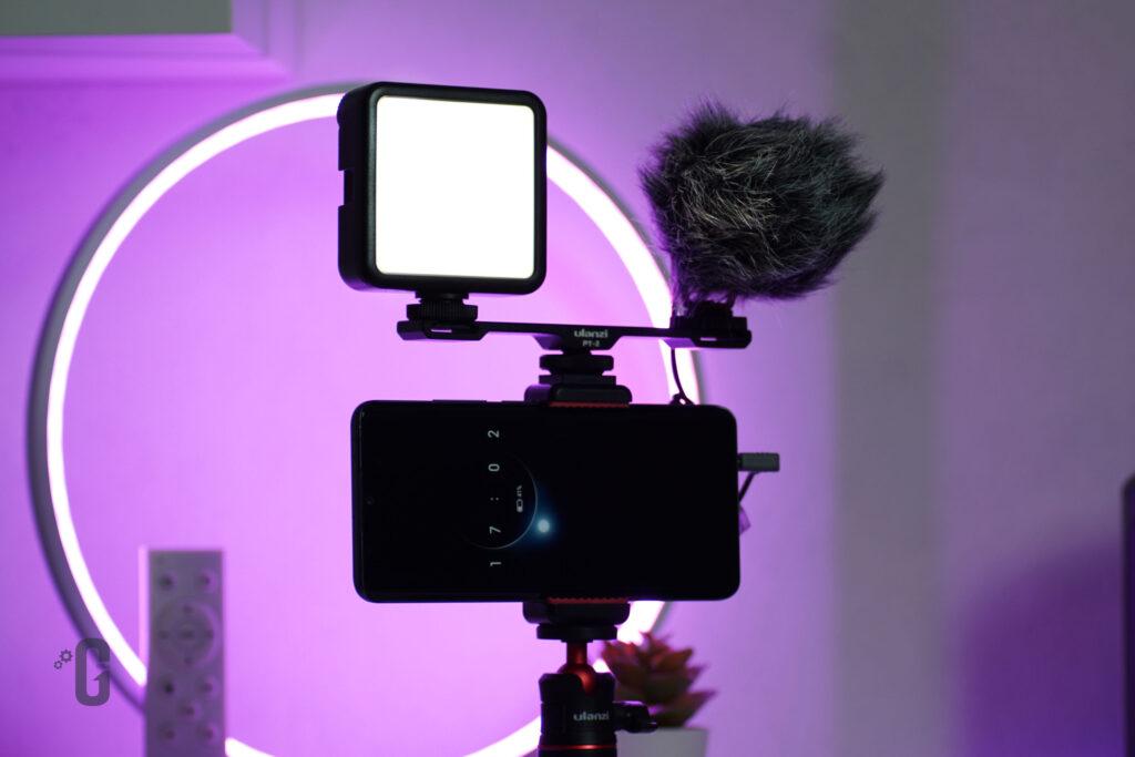 Panoramica Kit da Vlog Ulanzi con Pannello LED e Microfono direzionale