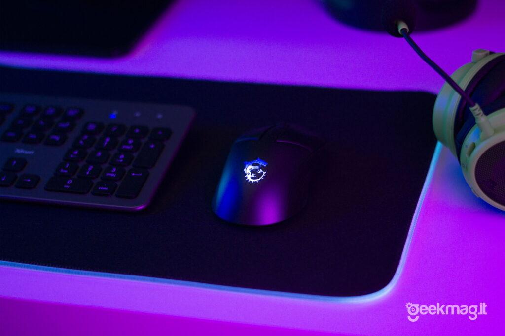 Clutch GM41 Lightweight Wireless Mouse da Gaming MSI - Logo RGB